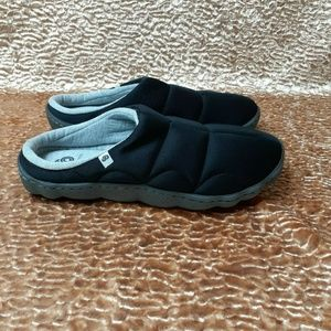 CLOUDSTEPPERS CLARKS JERSEY SLIPPERS SIZE 7